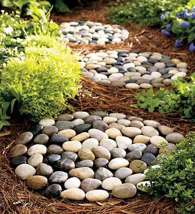 Stepping stone garden path ideas